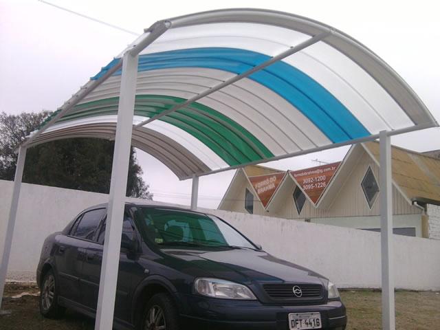 Abrigo de carro telhas Click 2,5mx5,0m