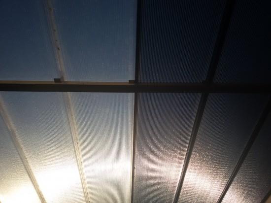 Cores das telhas de Policarbonato click Polysolution - cristal e fumê