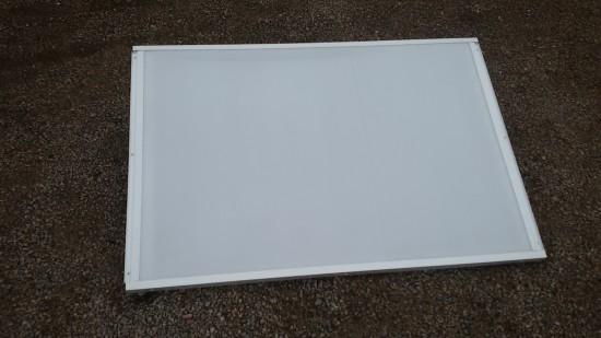 Chapa de Policarbonato Alveolar Branca Translucida - multilux - difusãod e luz - Perfis de aluminio pintura epóxi branco
