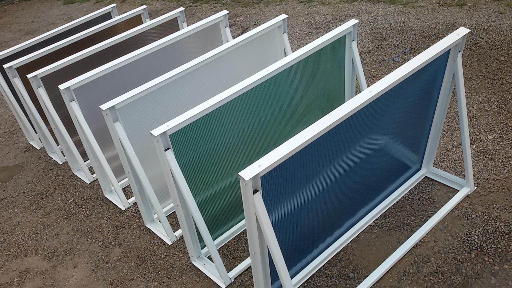 Toldo em policarbonato alveolar e toldo com telhas de for Herrajes para toldos de aluminio