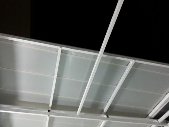 Telhas de Policarbonato Click - Cobertura Retrátil - cor Infra red - maior redução de calor e maior luminosidade