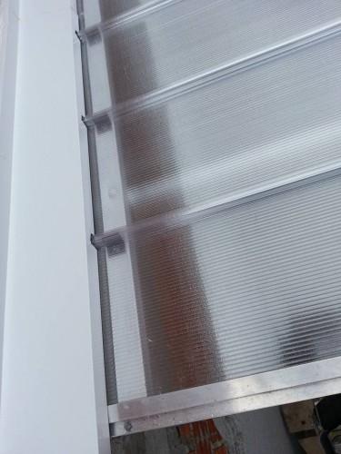 Telhas de Policarbonato click cor cristal com 82% de transmissão de luz