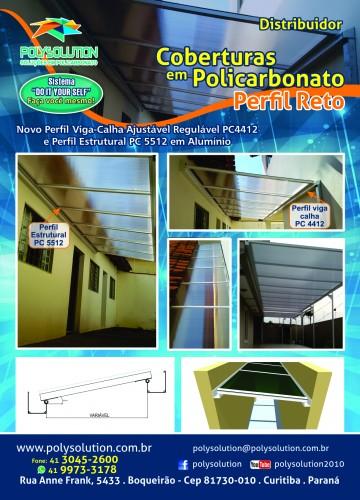 Cobertura de PolicarbonatoRETA / Plana com a linha modular da Polysolution inclui perfil viga calha e perfil estrutural