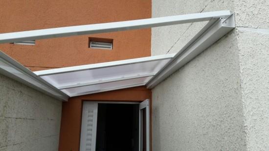 Cobertura de Policarbonato Com Sistema modular Click Perfil de Aluminio e alveolar 10 mm