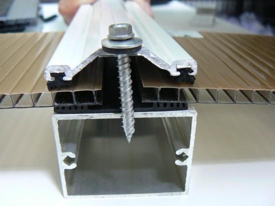 Sistema de união com Perfil Aluminio Trapézio Polysolution