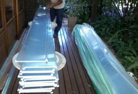 Pergolado de Madeira e Telhas de Policarbonato Click - Sistema Click modular Cor Cristal translucida - Polysolution