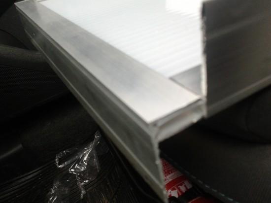 Perfil Arremate em Aluminio formato F Rufo - Polysolution