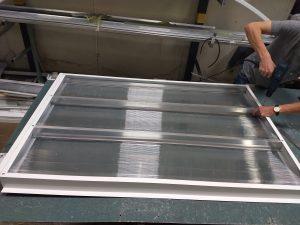 Veneziana Industrial em Policarbonato -até1500 mm Vent- Poly - Polysolution